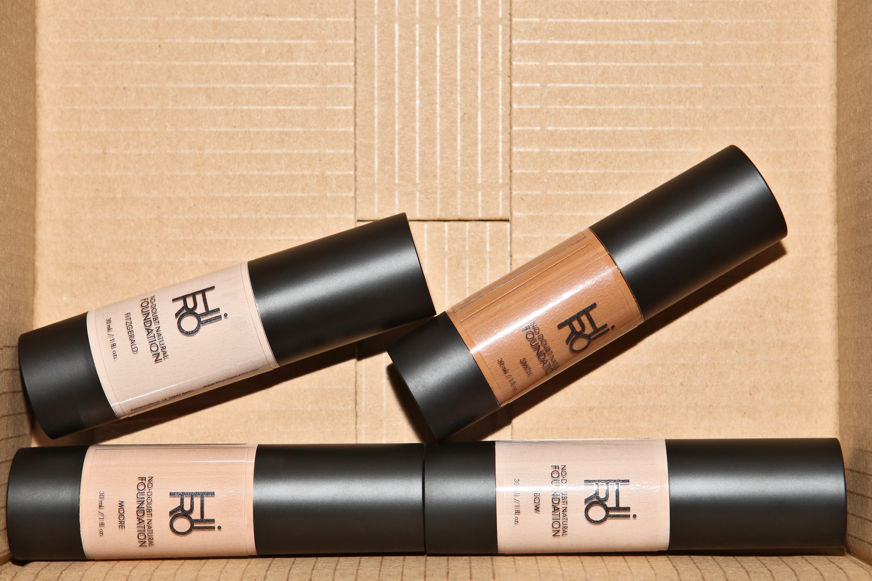 HIRO Vegan Organic Natural Foundation in carton